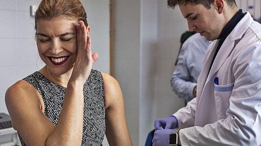 Zamora incrementa un 15% las vacunas de la gripe al incluir a los profesores