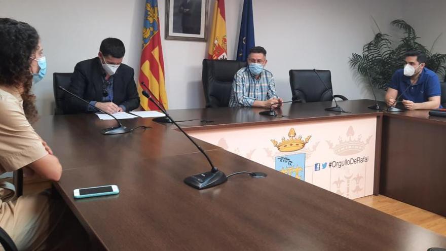 Firman el inicio de las obras para adecentar el CEIP Trinitario Seva de Rafal