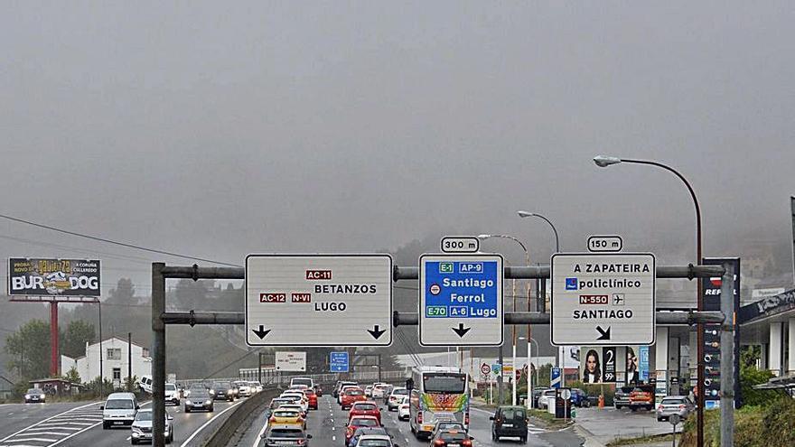 La avenida do Porto, la vía con más intensidad de tráfico al día en 2020, tras Alfonso Molina