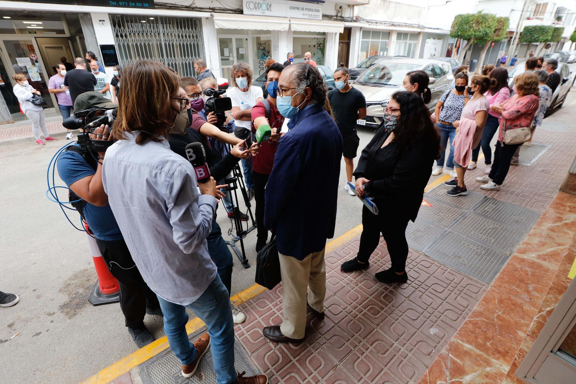 Los vecinos de los Don Pepe, en Ibiza, en pie de guerra contra el desalojo