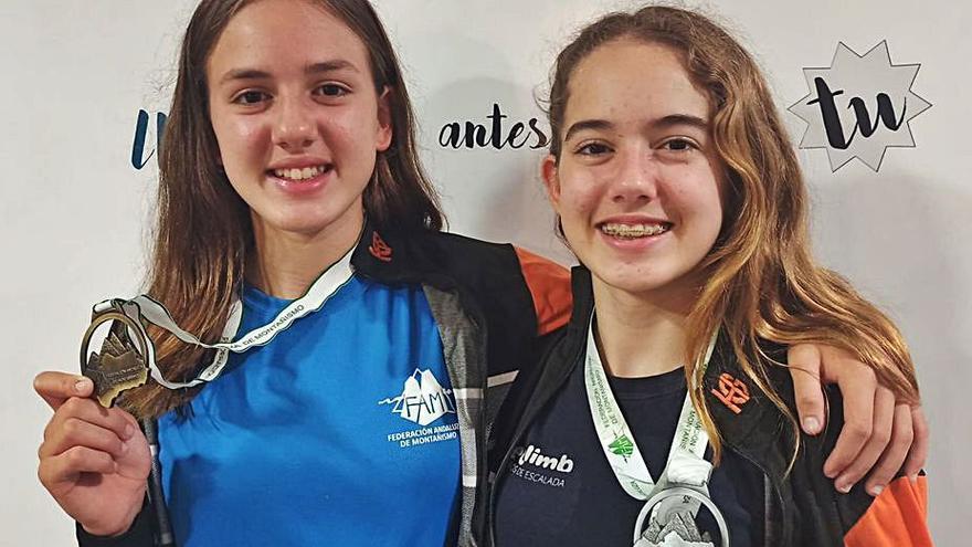 Las alhaurinas Noa e India Persson, campeona y subcampeona andaluzas de Escalada Escolar