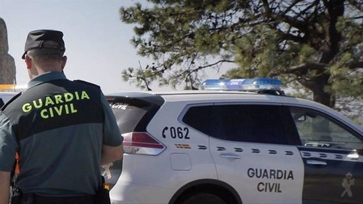 Un agent de la Guardia Civil