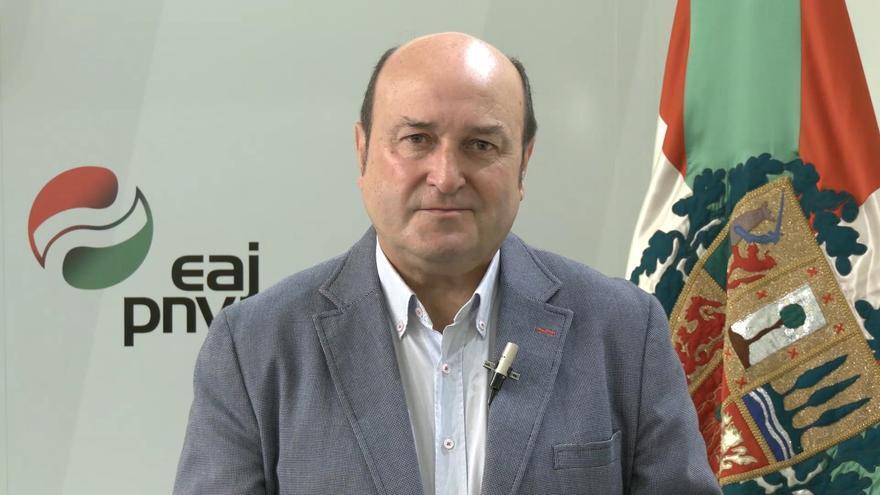 Andoni Ortuzar: «Los partidos nacionalistas canarios tienen que colaborar para desarrollar el autogobierno»