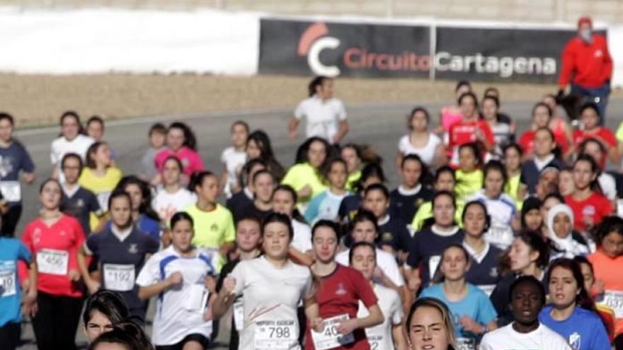 Más de 1.400 escolares disputan mañana el Cross Escolar en el Circuito de Velocidad