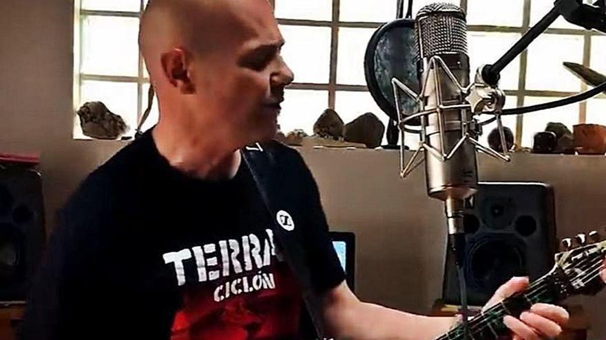 Celtas Cortos versiona '20 de abril' con otros artistas para reunir fondos para una ONG