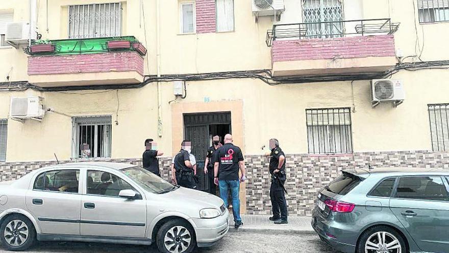 La brigada antiokupa viguesa acelera su actividad en verano: ya desaloja edificios completos