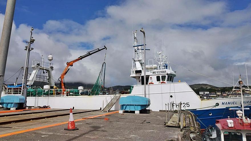 """La tripulación del barco """"Manuel Laura"""", desatendida por Irlanda por un caso sospechoso de COVID"""
