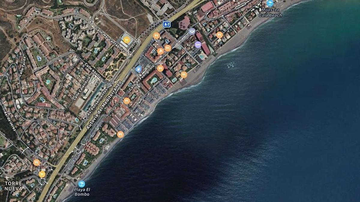 Imagen de las playas de El Bombo y La Butibamba, en la Cala de Mijas.