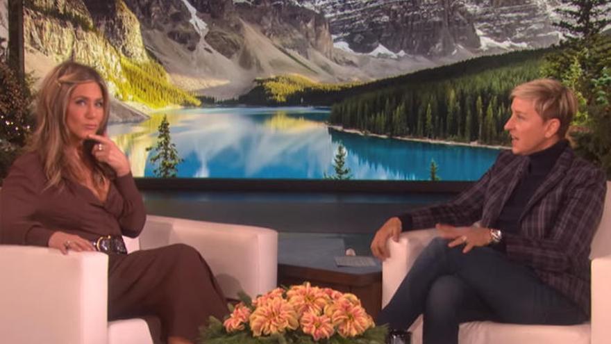 Jennifer Aniston sorprende a Ellen DeGeneres con una divertida revelación