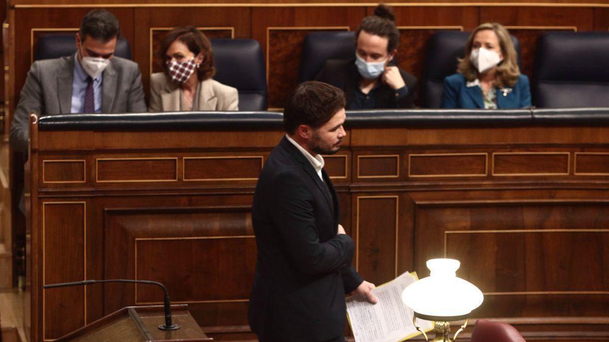 El CIS saca hoy jueves nuevo barómetro realizado en pleno choque de PSOE y Podemos