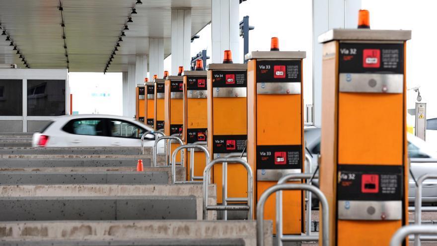 Tres euros por ir de Gijón a Navia o 1,6 por viajar de Avilés a Mieres: el sistema de cobro que podría llegar a las autovías asturianas