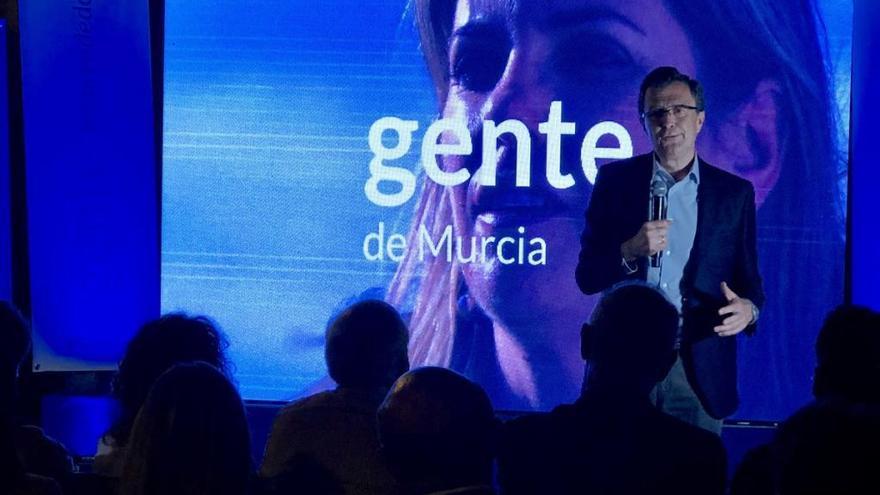 Ballesta podría mantener el gobierno de la ciudad de Murcia con el apoyo de Cs
