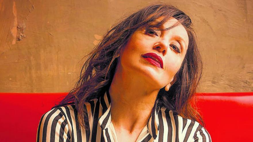 """Luz Casal: """"He aprendido 2.000 lecciones de vida durante el confinamiento"""""""