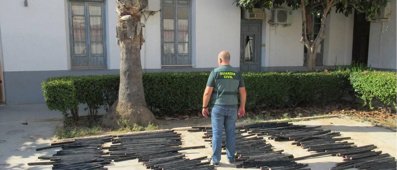 La Guardia Civil detiene a 4 personas y esclarece 18 delitos relacionados con el robo de cable de cobre en San Vicente del Raspeig.