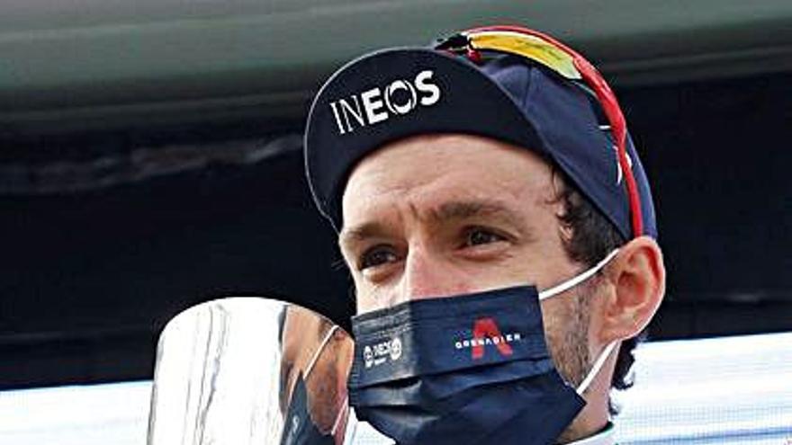 Yates encabeza la fiesta del Ineos en Cataluña