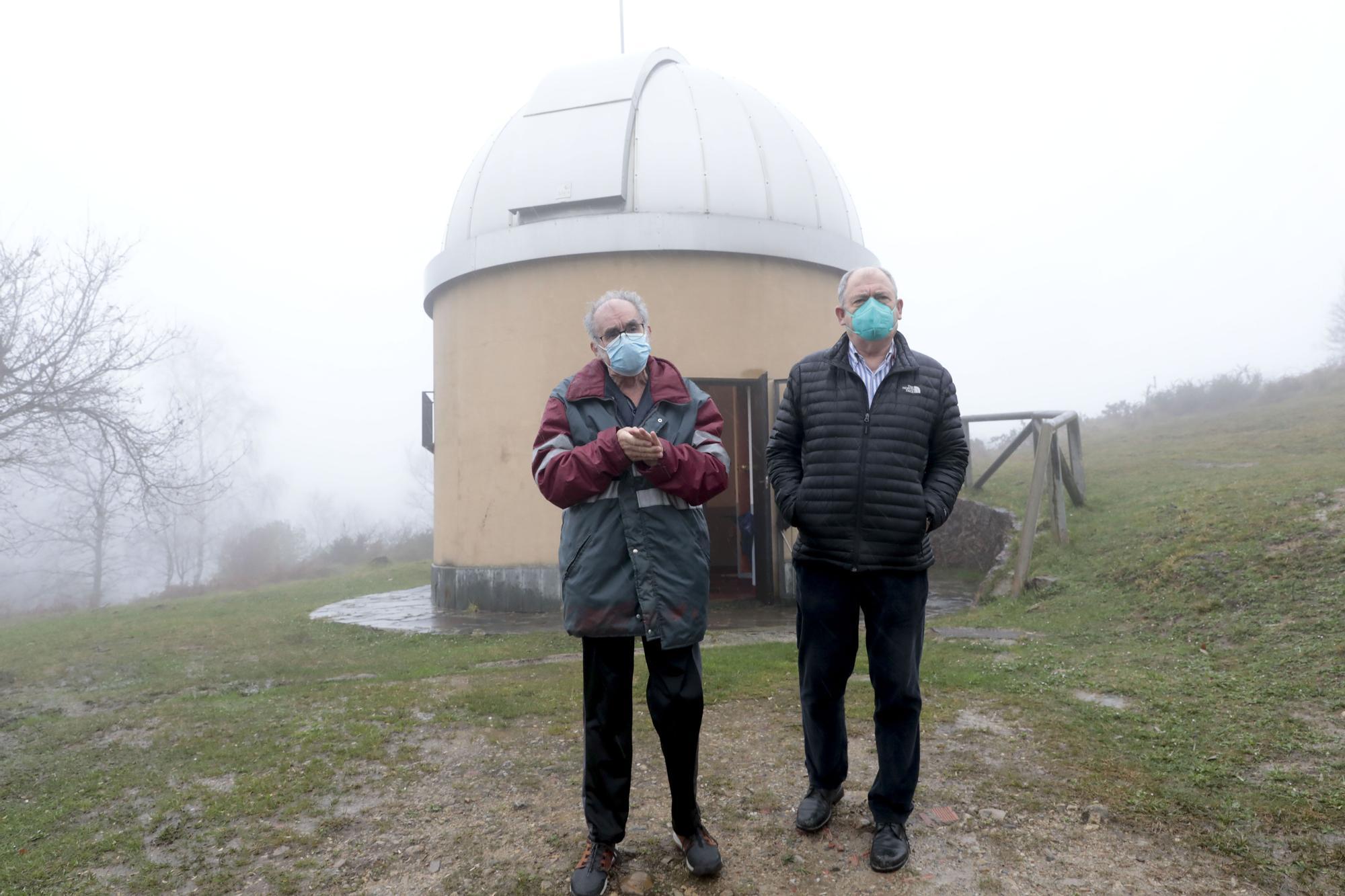 Socios de la Sociedad Astron�mica Omega (6).jpg