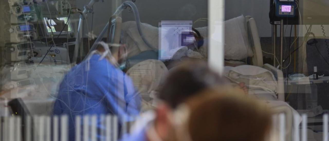 Los ingresos por el virus se disparan en Asturias: ya son los mismos que a final de marzo