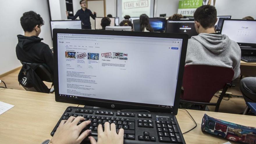 Un 25% de las niñas y un 33% de los niños de 11 años ocultan que sufren ciberacoso