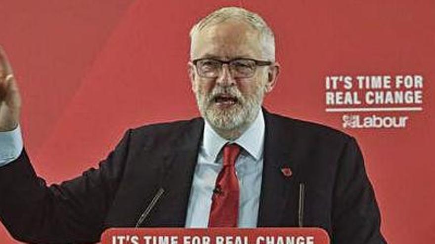 Corbyn proposa negociar un nou acord per al Brexit         i sotmetre'l a referèndum
