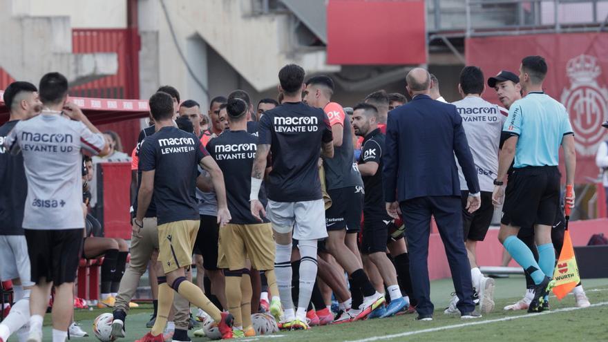 Maffeo a Paco López: «Cállate, que te quedan dos días»