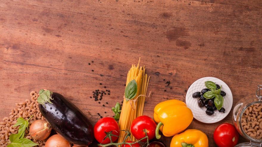 La cena quemacalorías que recomiendan los nutricionistas para perder peso por la noche