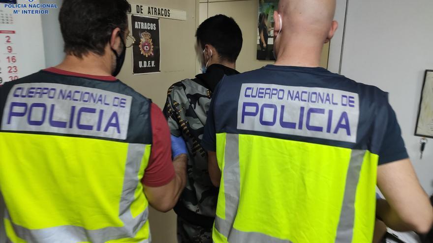 Cinco detenidos por extorsionar a un menor durante un mes en Palma