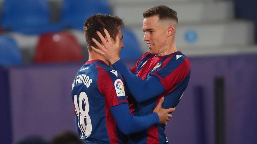 El Levante da la sorpresa y derrota a la Real Sociedad