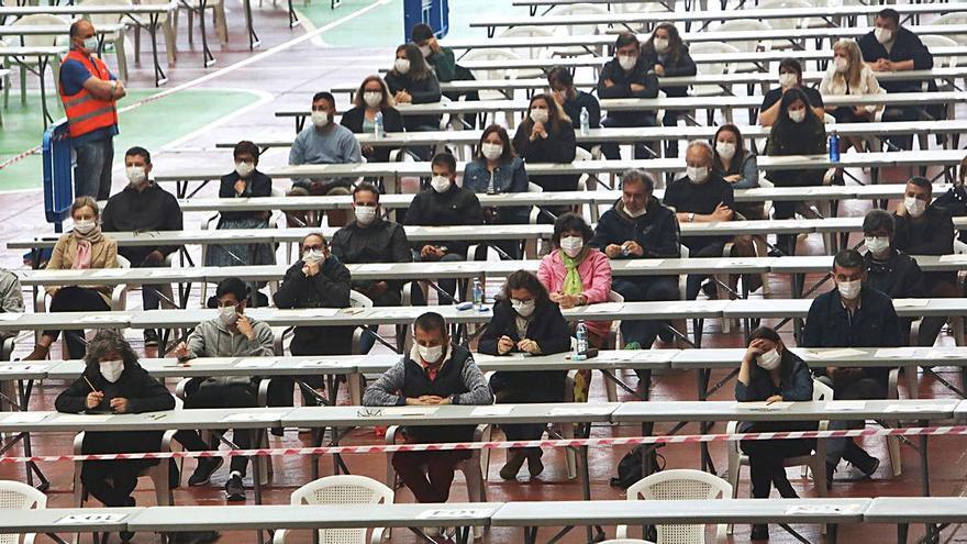 Casi 14.400 aspirantes a puestos para la Xunta finalizan la prueba