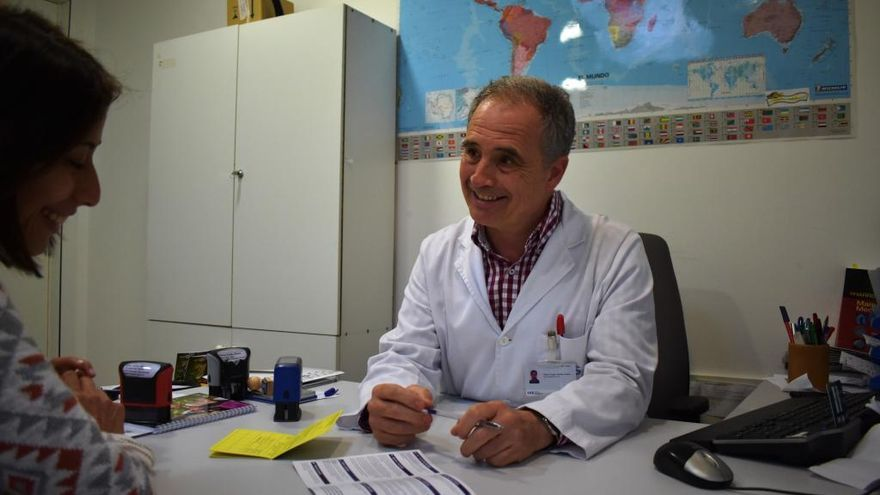 Ramon Dalmau: «L'opció de no vacunar-se fa mal a la mateixa persona i a la societat»