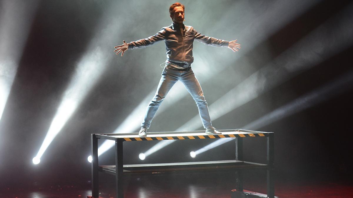 Pedro Volta durante uno de sus espectáculos