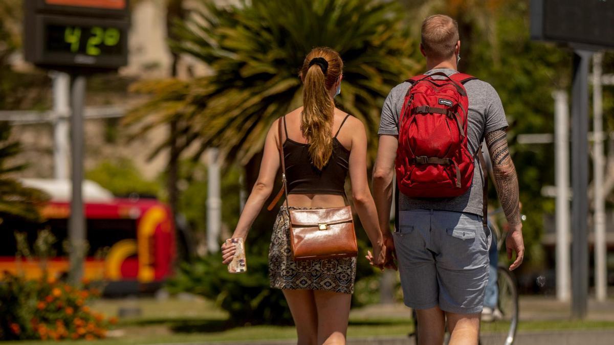 Turistas en Sevilla.