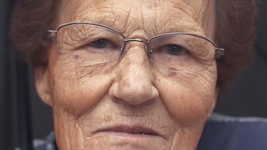 Riós rubrica una miniserie documental que 'empodera' y da voz a los mayores