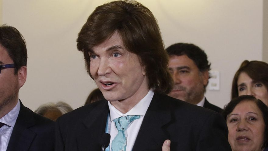 Camilo Sesto, ingresado en Madrid por un cólico renal