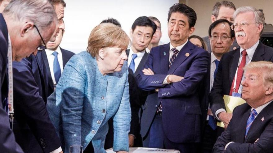 "Merkel califica de ""deprimente"" la actitud de Trump"
