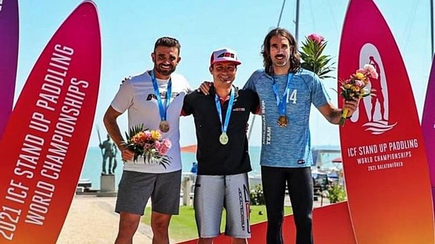 Miquel Roigé acaba tercer al Mundial de pàdel surf d'Hongria