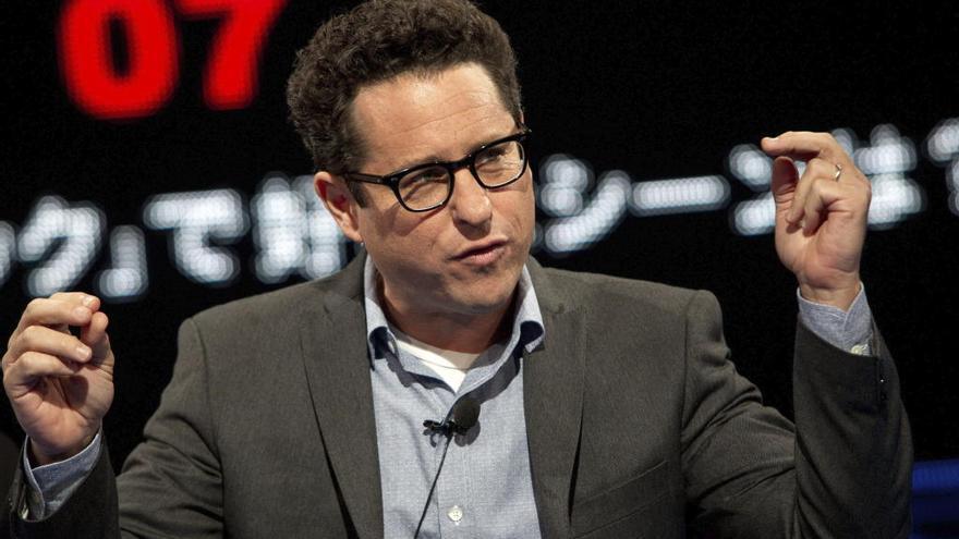 J.J. Abrams dice que no habría vuelto a 'Star Wars' sin su voz personal como director