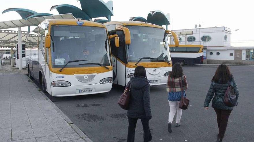 Monbus exigió a la Xunta recuperar la línea de bus a Vigo tras renunciar a su explotación