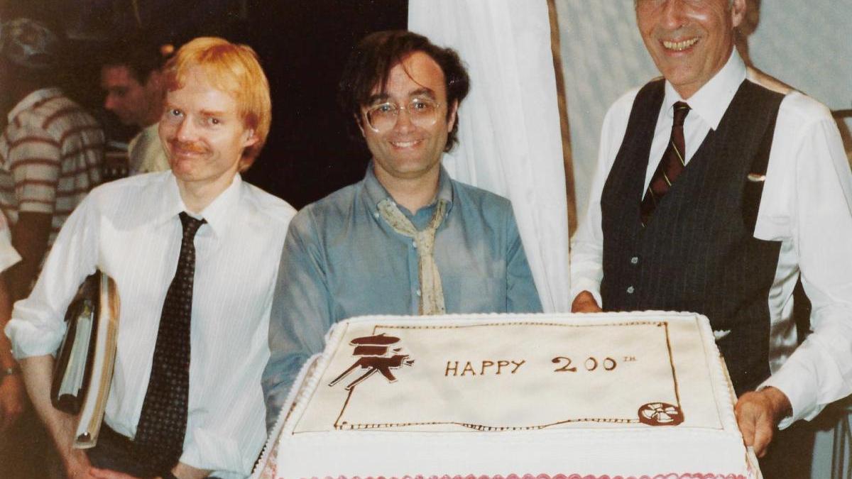 Finnell, Dante y Christopher Lee, celebrando la película número 200 del actor.