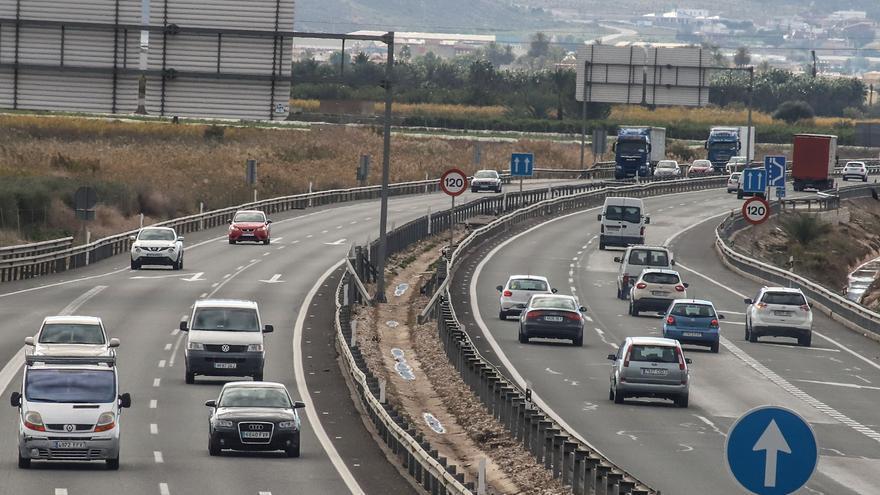 El PSOE urge a Transporte a mejorar el mantenimiento de la A7 entre Elche y Crevillent