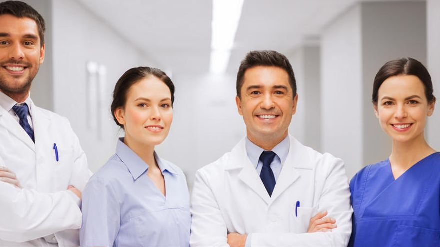Se buscan en Alicante médicos, enfermeros, operador de maquinaria...