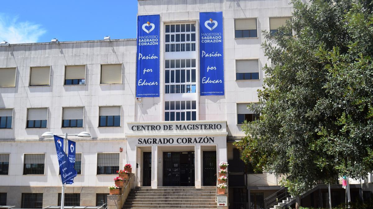"""Centro de Magisterio """"Sagrado Corazón"""", pasión por enseñar"""