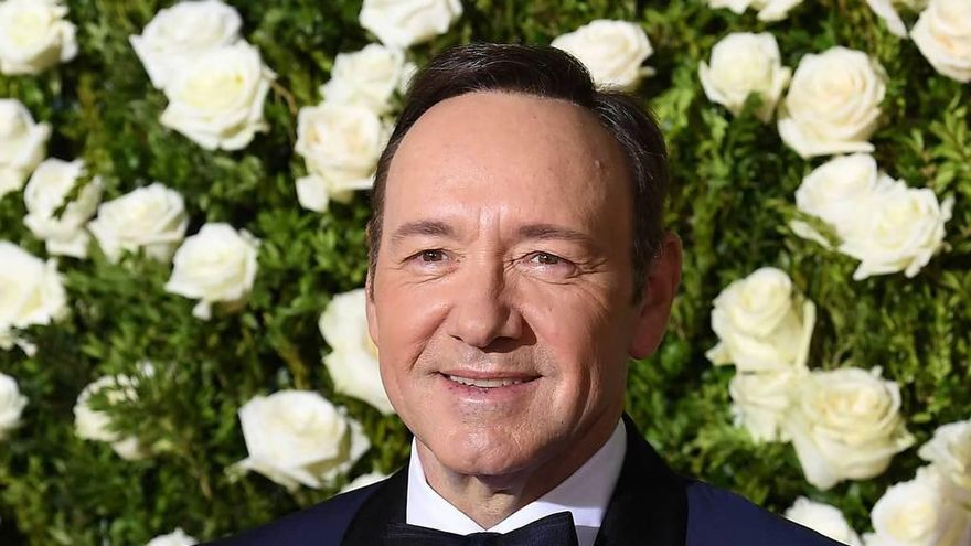 Spacey muta en Underwood para defenderse de las acusaciones de abusos