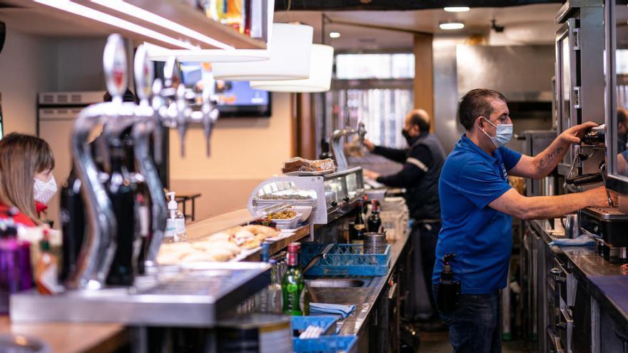 Euskadi renuncia a recurrir la decisión judicial que ordenó abrir la hostelería