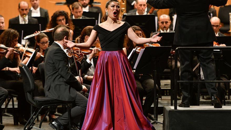 video de Tutto Puccini en el Teatro Cervantes de Málaga