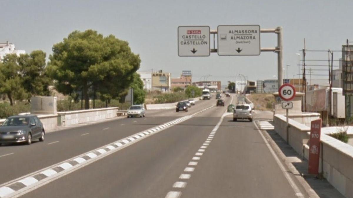 Un herido tras colisionar un turismo y una bicicleta en Almassora