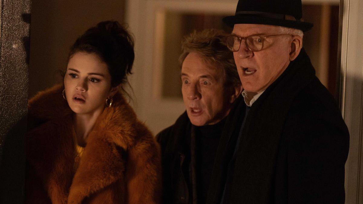 Selena Gomez, Martin Short y Steve Martin en 'Solo asesinatos en el edificio'.