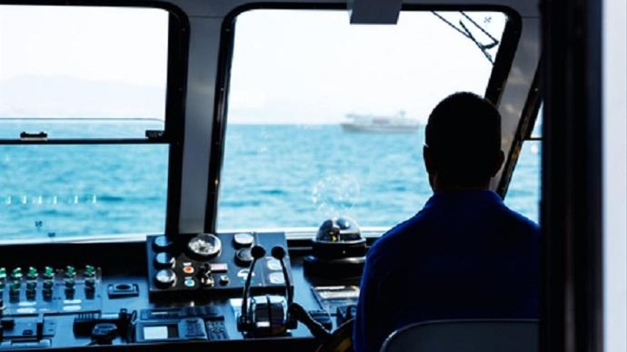 Si quieres trabajar como capitán de buque atunero, consulta las siguientes ofertas de empleo