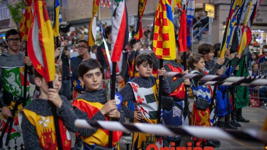 Desfile día 4 de mayo en Caravaca (salida Bando Cristiano)