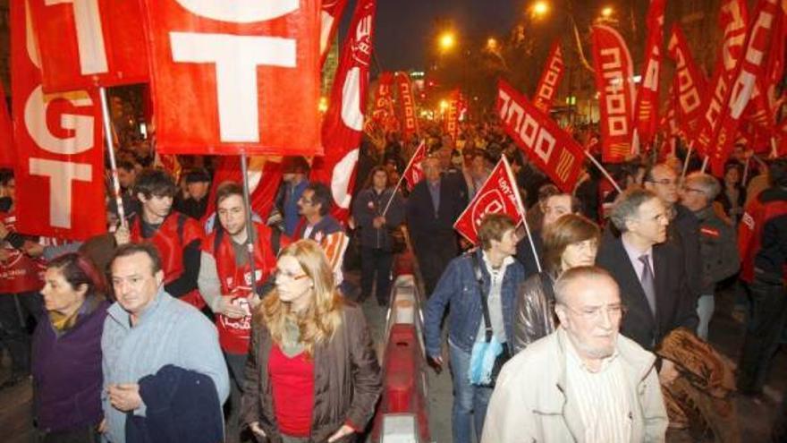 Nueva marcha contra los recortes del Gobierno en Zaragoza