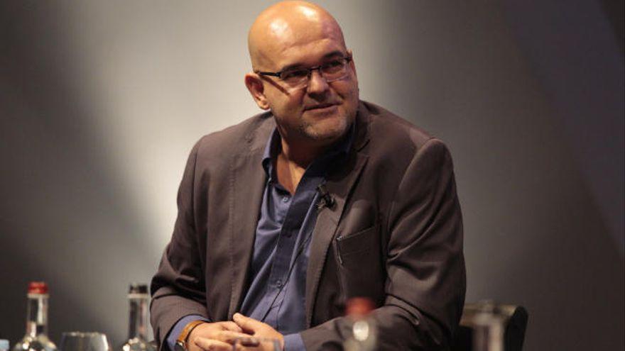 Alexis Ravelo, premio novela Café Gijón 2021